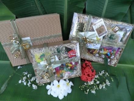 Totally Tropical Hampers